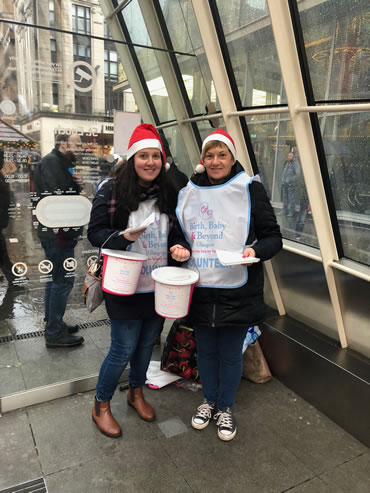 Christmas bucket collecting - it was raining but it was fun!